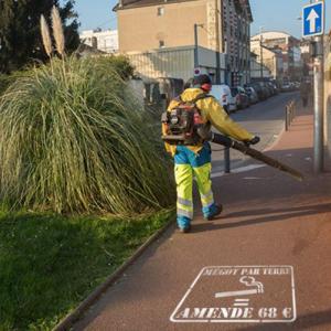 Proprete de la ville anti megots pochoir amende 68 euros