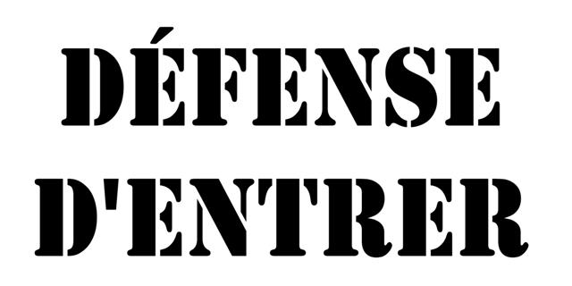 Defense dentrer pochoir